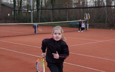 Tennistrainwedstrijd combi rood/groen 28-12-2020